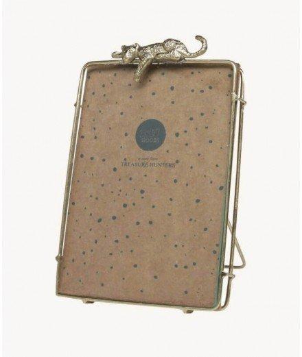 Cadre sur pied en laiton recyclé orné d'un léopard. Réalisé par la marque de décoration Doing Goods