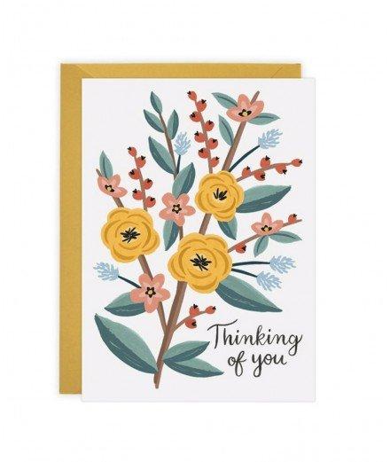 """Dites à un de vos proches que vous pensez à lui avec cette carte représentant de délicates fleurs accompagnées du message """"Think"""