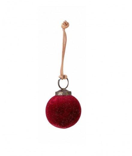 Boule de Noël en velours collection Milea coloris Rouge de la marque scandinave Bloomingville