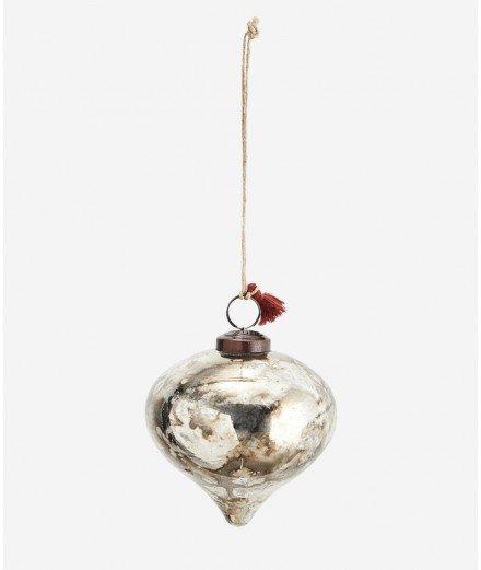 Boule de Noël en verre effet vieilli de la marque de décoration Madam Stoltz.